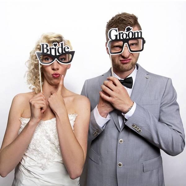 Lustiges Fotoschild für Brautpaare