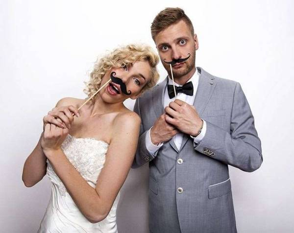 Fotoverkleidung Moustache