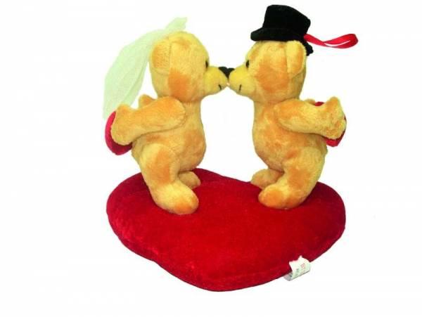 Hochzeitsbären auf Herz